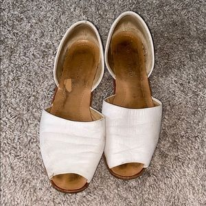 FRANCO SARTO WHITE SANDALS 7